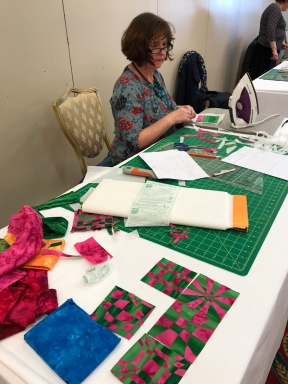QGI Gillian Travis Workshop Interlaced Patchwork (9)